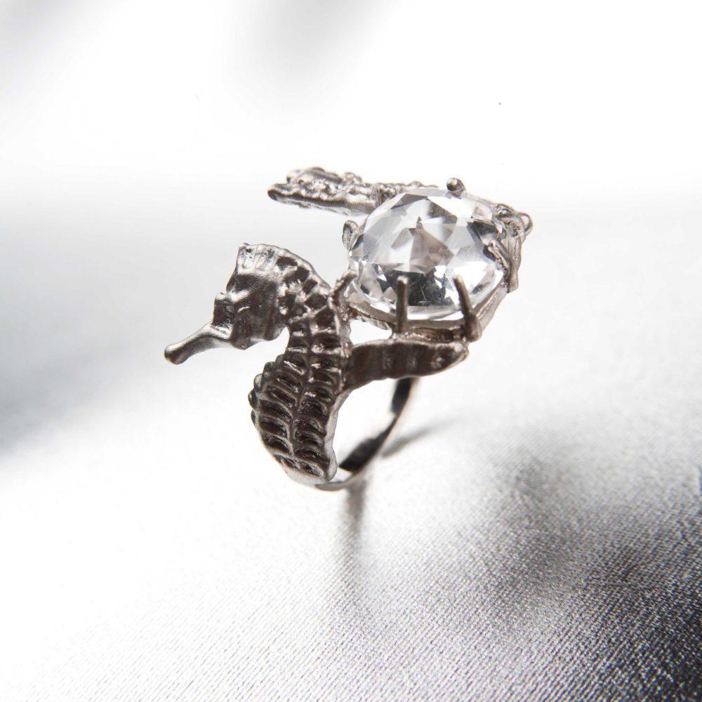 Hippo Halo Ring 3 Hippo Couture Ring Tanel Veenre Jewellery