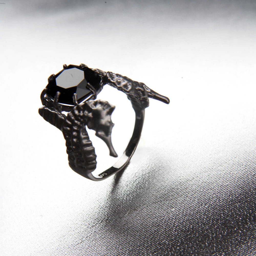 Hippo Midnight Ring 3 Hippo Couture Ring Tanel Veenre Jewellery